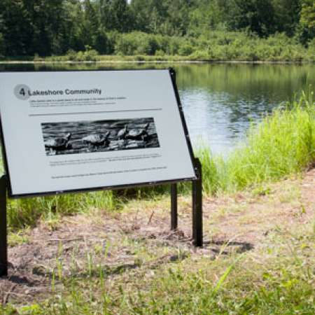 New Nature Signs on the Lakeshore Trail